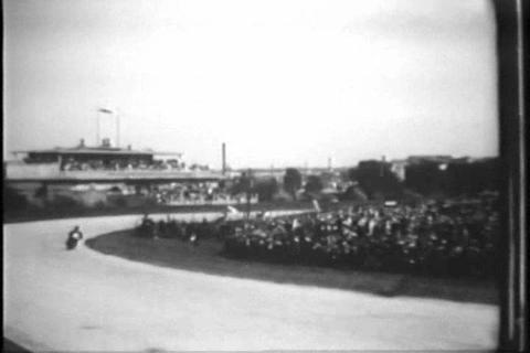 Accidents mar a German motorcycle race in 1929 Live Action