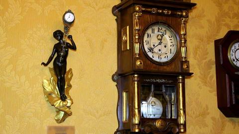 Vintage Clock Footage