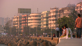 Couple in love at Mumbai promenade Footage