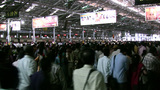 Busy crowd at train station in Mumbai Footage