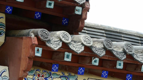 dragon pattern on roof eaves,China ancient architecture in bamboo forest,carved  Animation