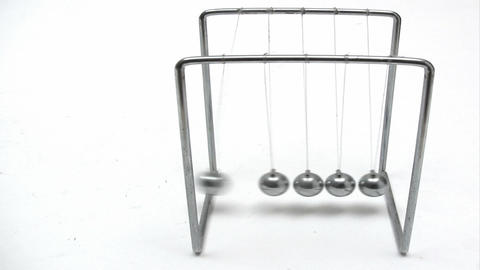 Playing with Newton´s Cradle Footage