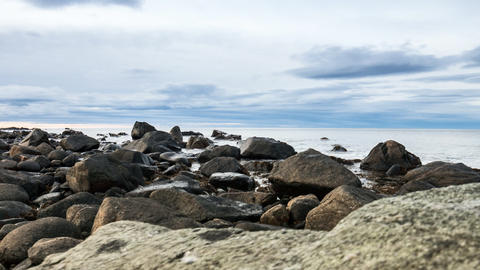 Wolken und Wellen an der Küste der Lofoten Footage