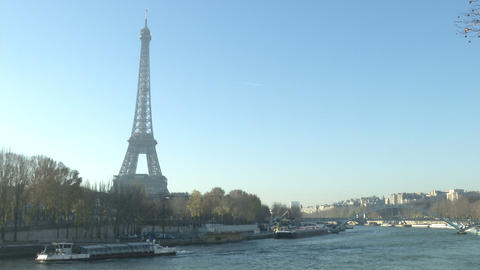 Tour Eiffel in Paris Footage