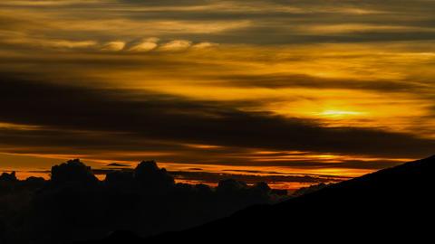 Gorgeous Sunrise Timelapse at La Reunion, Piton De Footage