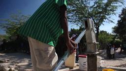 Well pumping water tilt Live Action