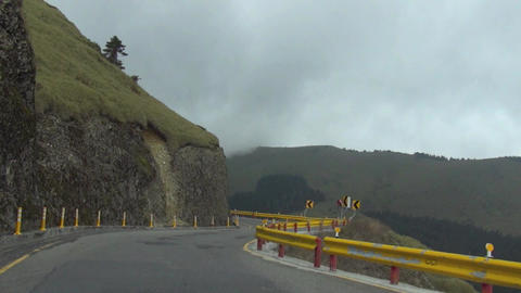 driving on the mountain road.time lapse Live影片