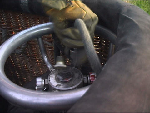 assembling basket Stock Video Footage