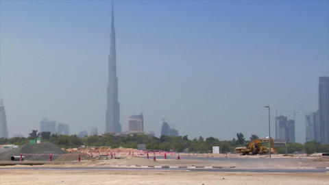black jeep crossing dubai skyline Stock Video Footage