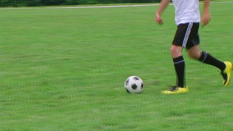 Soccer Player Dribbling 03影片素材