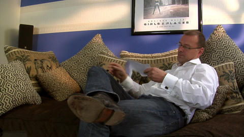 man wrong huge bill crane part 2of4 Stock Video Footage