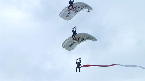 Skydivers Parachuting In Formation 02 Footage