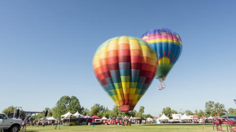 Temecula Wine and Hot Air Balloon Festival Time La Live Action