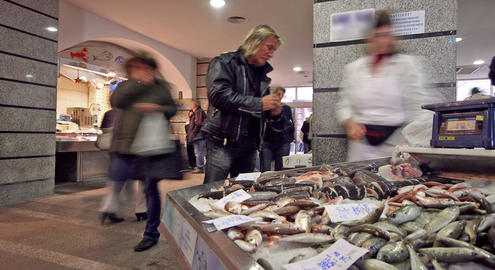Fishmarket 2 stock footage