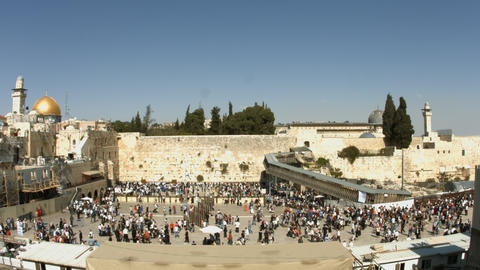 4K UHD Jews pray at the Western Wall during passov Footage