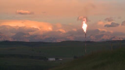 HD2008-8-1-5 gas flare TL Stock Video Footage