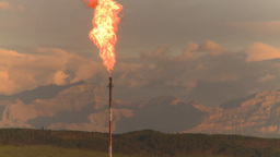 HD2008-8-1-13 gas flare Stock Video Footage