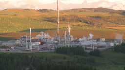 HD2008 8 1 15 gas plant Stock Video Footage