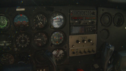 HD2008-8-5-5 C172 instrument panel Footage