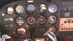 HD2008-8-5-35 C172 instrument panel in flight Footage