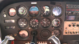 HD2008-8-5-35 C172 instrument panel in flight Stock Video Footage