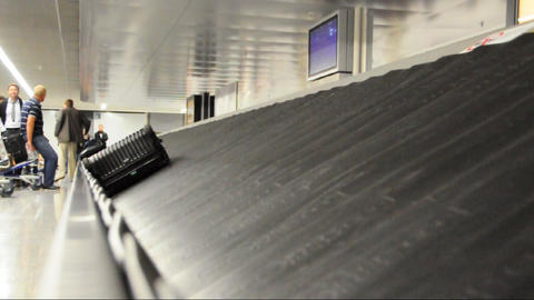 Baggage claim Footage