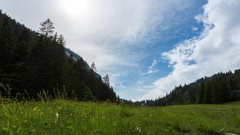 Wolken am Hörnlepass Stock Video Footage