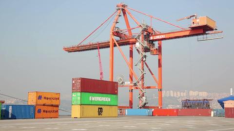 IZMIR, TURKEY - JANUARY 2013: Industrial crane cre Footage