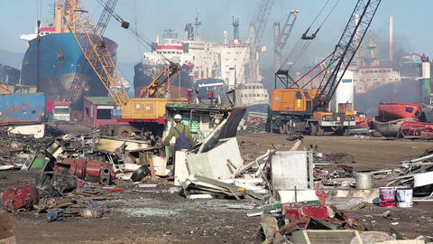 IZMIR, TURKEY - JANUARY 2013: Industrial scrapyard Stock Video Footage