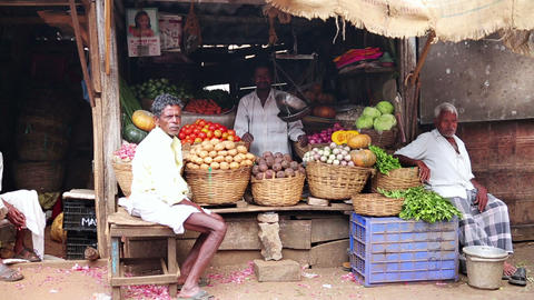 OOTY, INDIA - MARCH 2013: Portrait of local market Footage