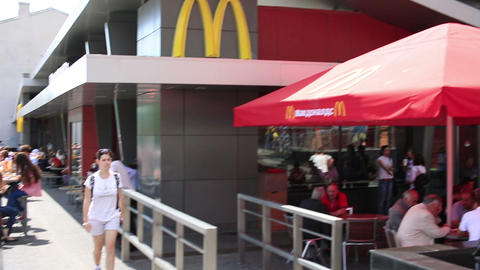 MOSCOW, RUSSIA - JUNE 2013: First McDonald's resta ビデオ