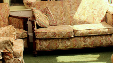 Sliding shot of old fashioned living room - to the Stock Video Footage