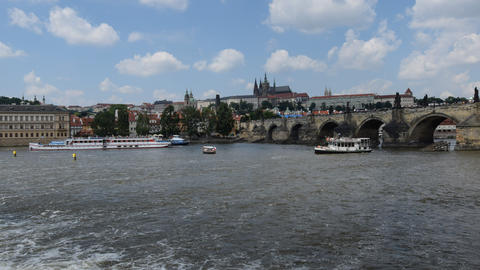 4k UHD boat traffic charles bridge prague 11382 ビデオ