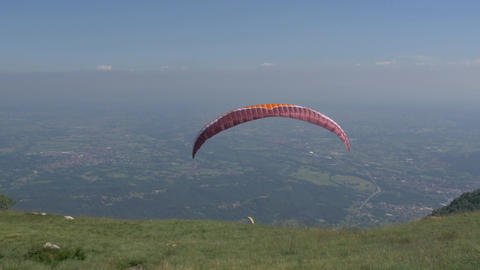 launching a paraglider, filmed in 4k Footage