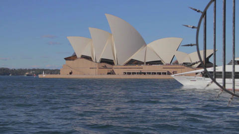 cinematic dolly shot of the the sydney opera house Footage