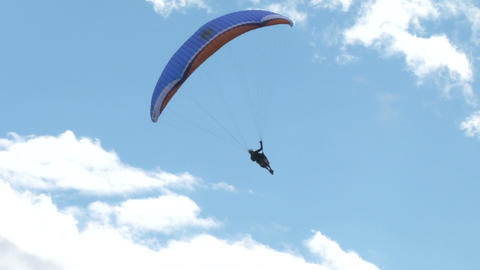 acrobatic paragliding synchro blue 31 Footage