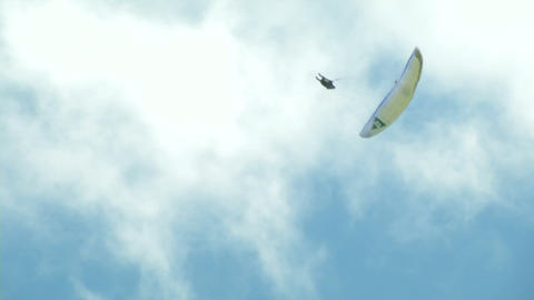 acrobatic paragliding synchro yellow green 34 Stock Video Footage