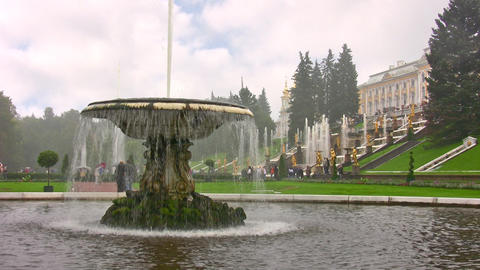 Peterhof. Petersburg Footage