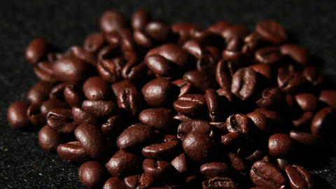 1570 Coffee Beans Falling in Slow Motion, Live Action