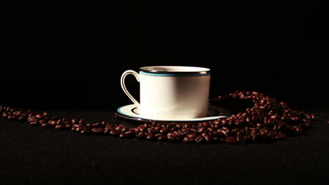 1581 Coffee Beans and Coffee Cup Live Action