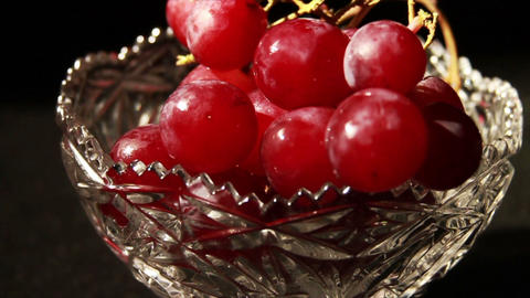 1507 Grapes Falling, Slow Motion Live Action