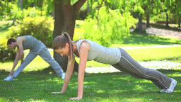 Couple doing musculation exercises Footage