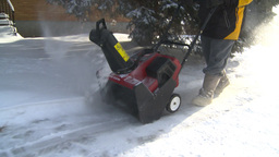 HD2008-12-7-24 snowblower Footage