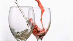 White and red wine flowing in super slow motion Stock Video Footage