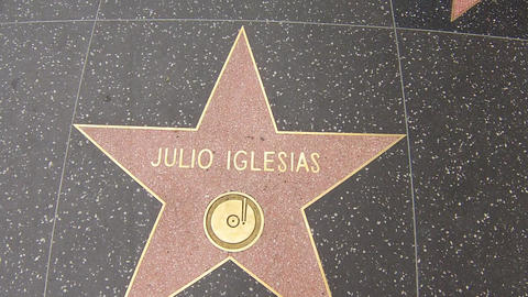 hollywood walk of fame star walking shot julio igl Stock Video Footage