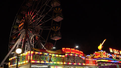 Ferris wheel in bright lights. Golden Sands. Resor Footage