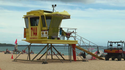 lifeguard on tower at big beach hawaii Stock Video Footage
