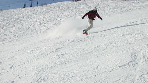 Descent snowboarder Footage