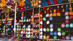 midway games balloons prizes Stock Video Footage
