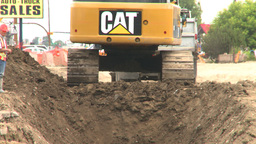 HD2008-7-7-20 backhoe trenching Stock Video Footage